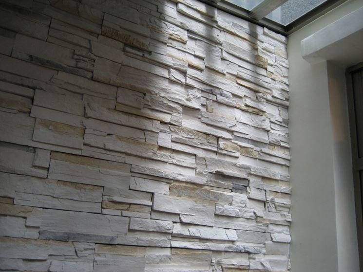 Rivestimento finta pietra rivestimenti tipologie di for Finte piastrelle