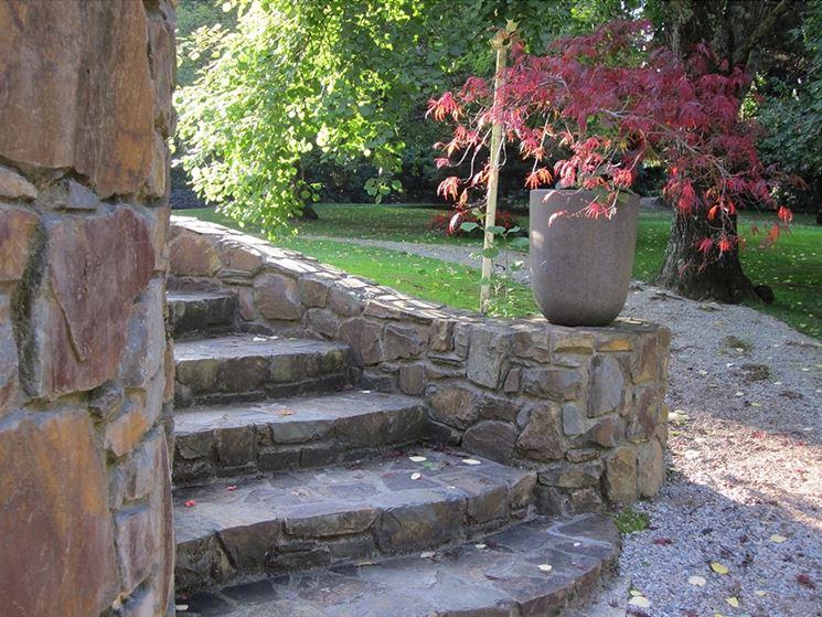 Gradini in pietra scale scalini in pietra - Scale per esterno in muratura ...