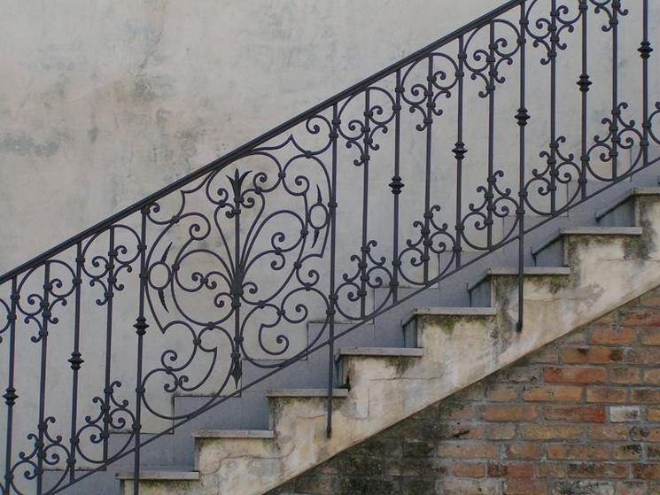 Tipologie di ringhiere per scale
