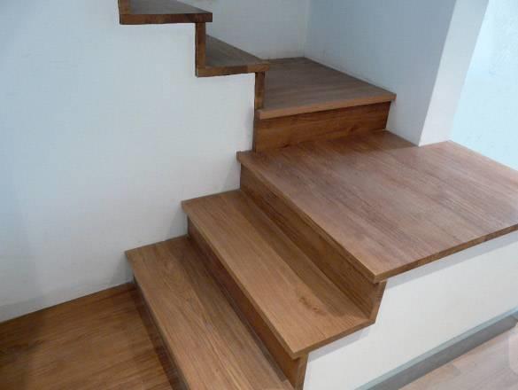 Rivestimenti scale in legno scale - Rivestimento in legno per scale ...