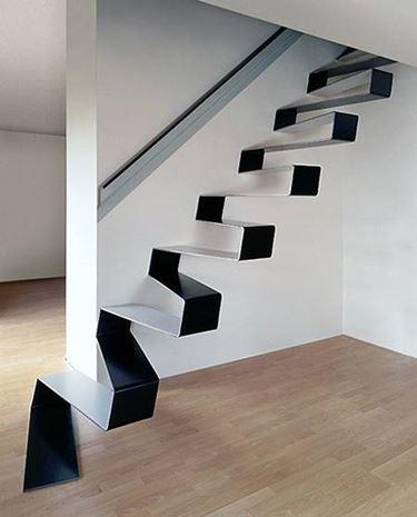 ringhiere delle scale a giorno