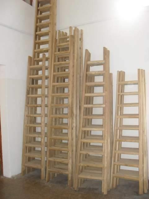 Scale a pioli in legno scale for Scale in legno fai da te