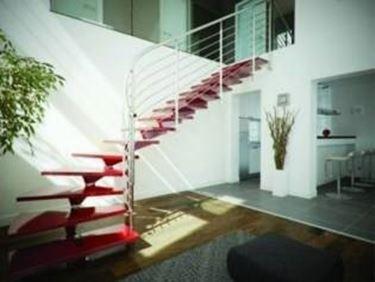Scale moderne per interni confortevole soggiorno nella casa - Scale classiche per interni ...