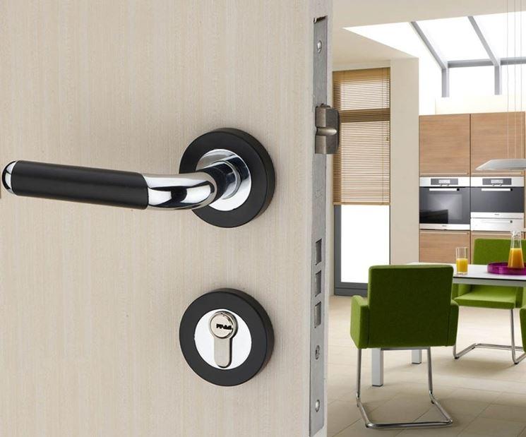 serratura porta moderna