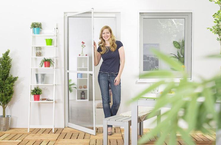 zanzariera per porta finestra