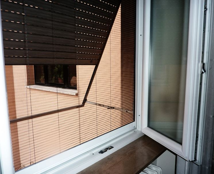 Zanzariere per porte zanzariere zanzariere - Zanzariere per finestre ikea ...