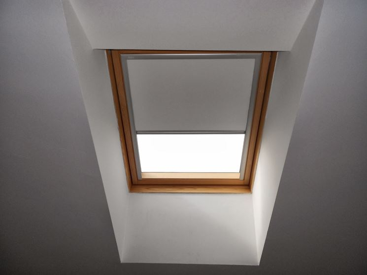 Tende per finestre velux finestre velux misure e prezzi for Velux prezzi tende