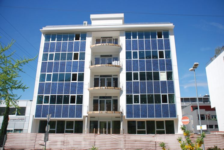 fotovoltaico in facciata