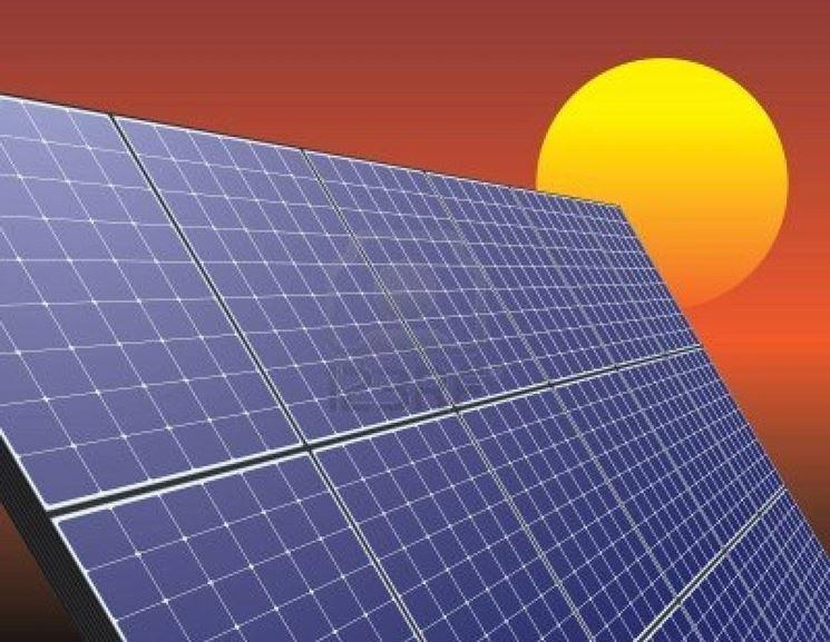 Pregi e difetti dell'energia dal sole