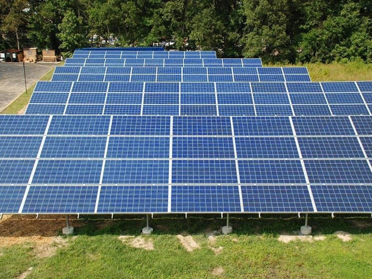 sistema a pannelli solari