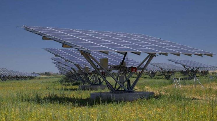 Inseguitore solare fai da te solare for Essiccatore solare fai da te