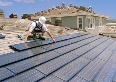 montaggio dei pannelli solari