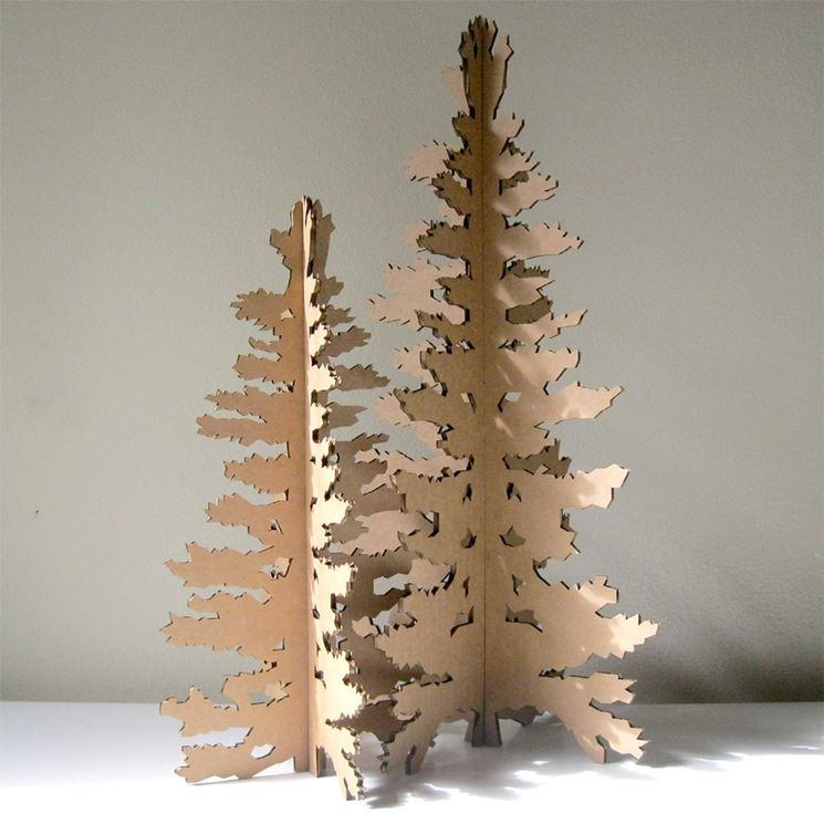 albero in cartone riciclato