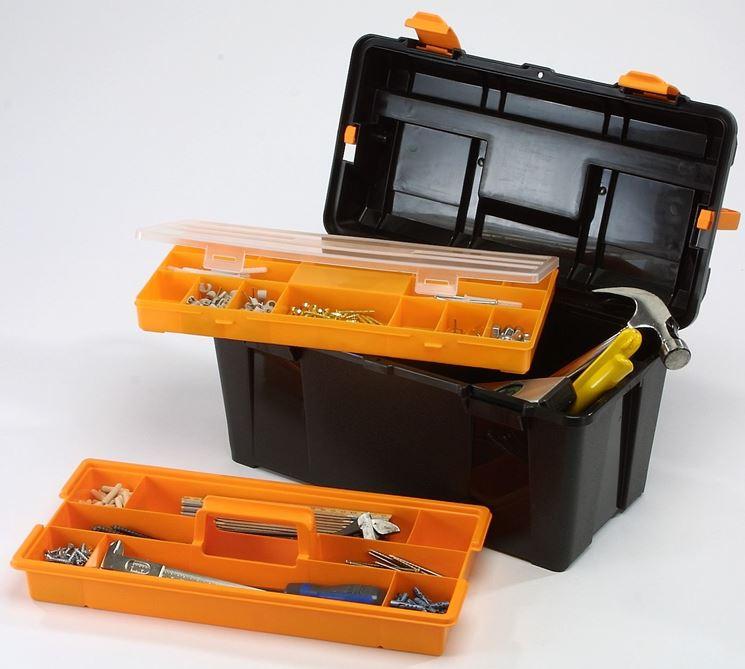 esempio cassetta per utensili