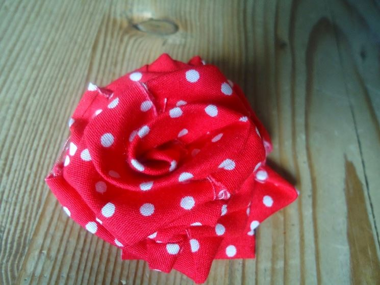 rosa di stoffa
