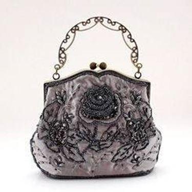 borsa con fiori e perline