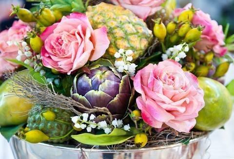 Decorare la tavola con frutta e fiori bricolage for Frutta con la o iniziale