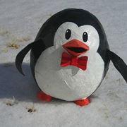 pinguino in carta pesta