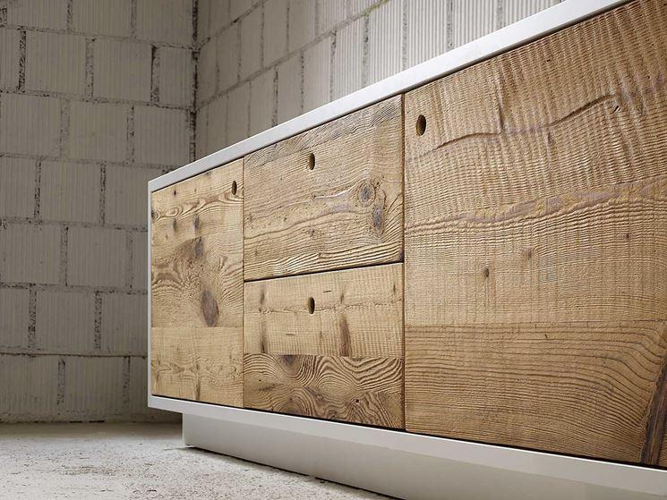 Montaggio ante prefinite in legno bricolage montare ante in legno prefinite - Mobile terrazzo legno ...