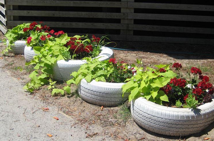 contenitori per giardino con pneumatici