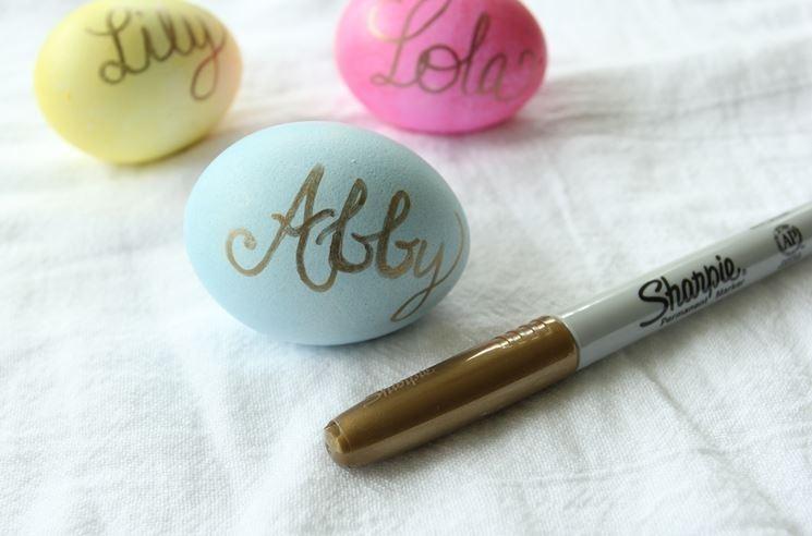 segnaposto con uova