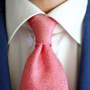 fare nodo doppio a cravatta