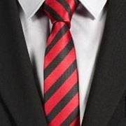 nodo mezzo windsor a cravatta