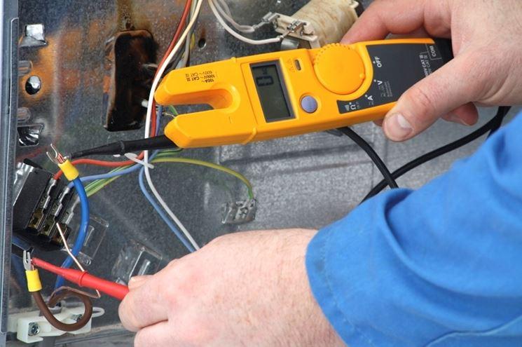 lavori su impianto elettrico