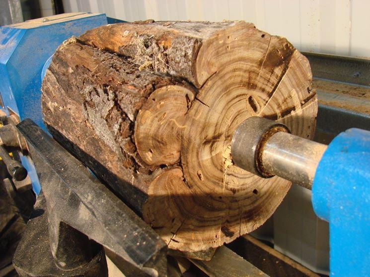 tornire il legno