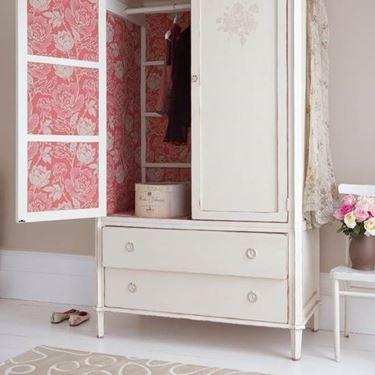 decorare un vecchio armadio