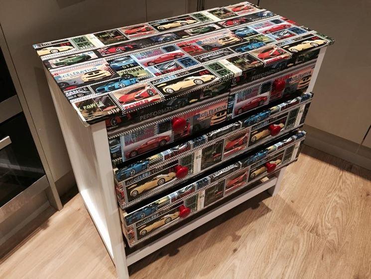 Decoupage su legno decoupage lavoretti di decoupage su - Decoupage mobili ...