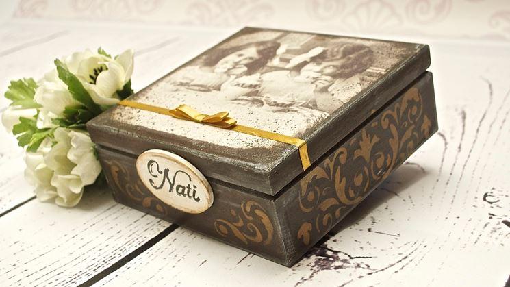 scatola decorata con il decoupage
