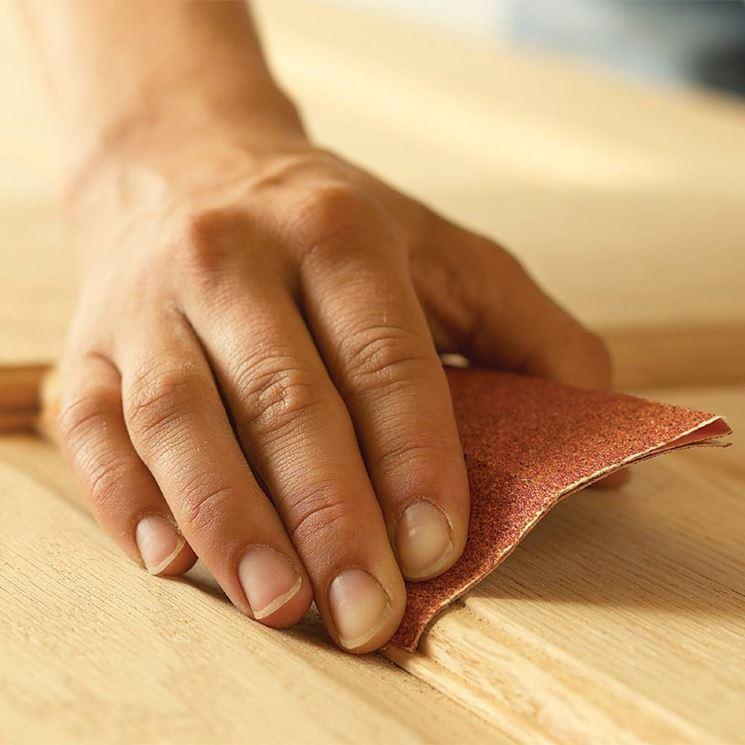 Cosa serve per levigare il legno