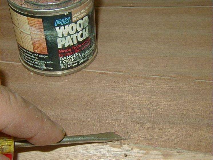 Stucco per legno