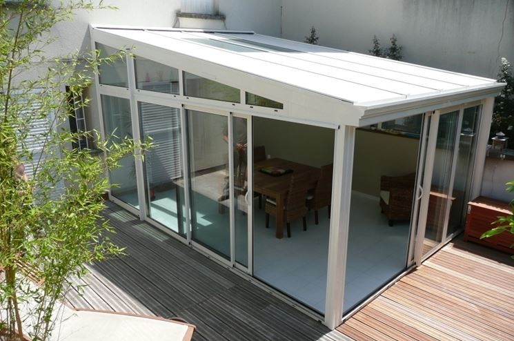 Veranda in legno legno come realizzare una veranda in for Permessi per case in legno