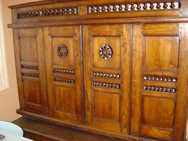 Restaurare un mobile antico - Restaurare un mobile in legno ...