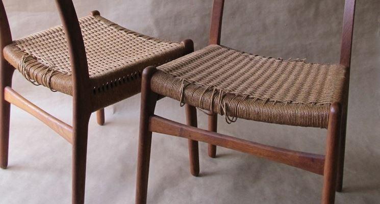 Come restaurare una sedia manutenzione consigli per il for Sedie richiudibili