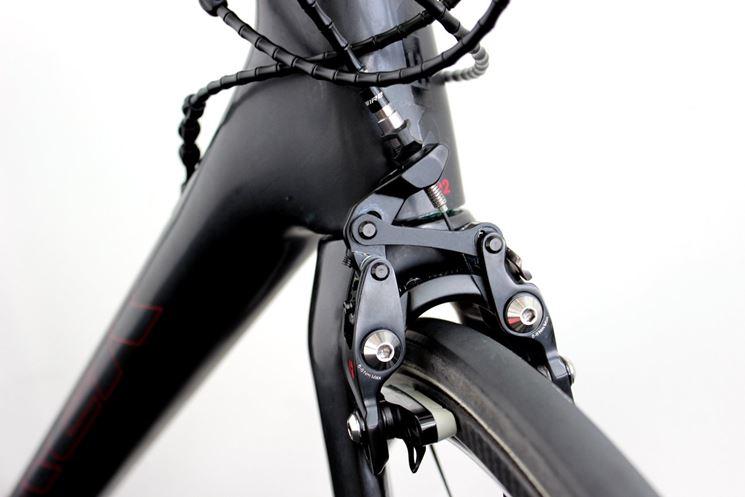 regolazione freni bicicletta