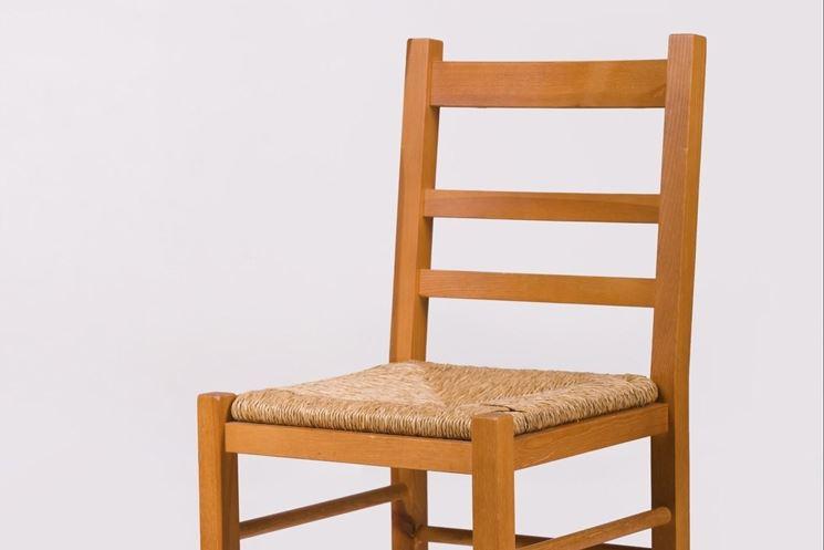 Vecchie sedie come ripararle manutenzione