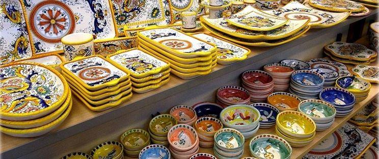 Ceramica vietrese materiali - Ceramiche di vietri cucina ...