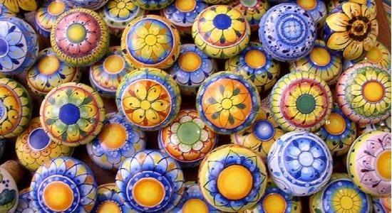 Ceramica vietrese - Materiali