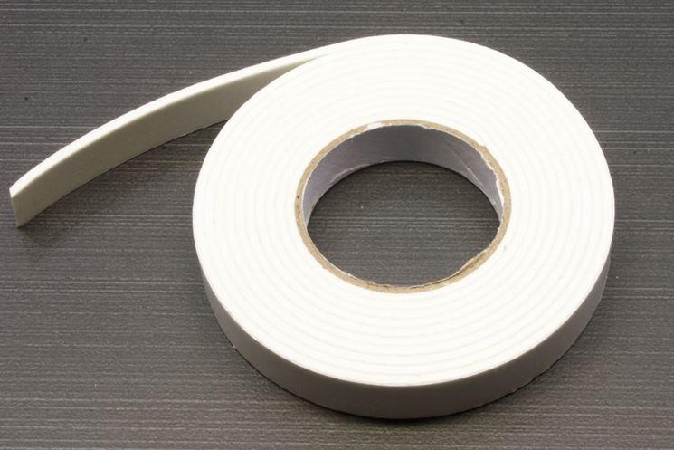 esempio di rotolo nastro adesivo