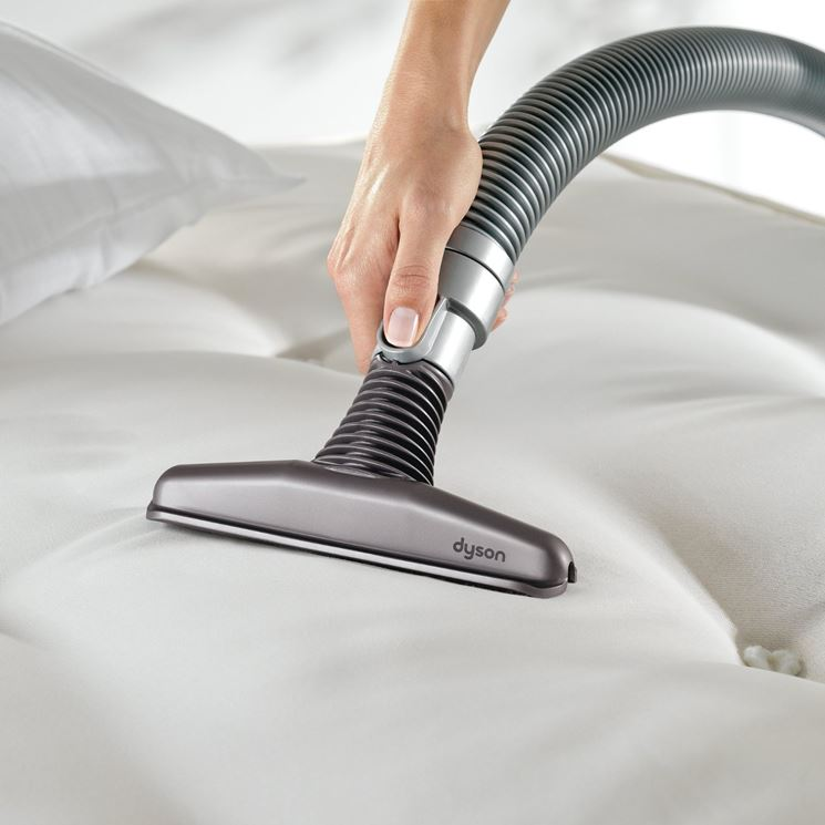 pulire materasso