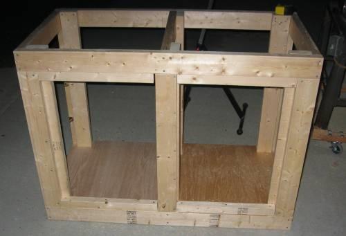 Come costruire un acquario tecniche - Costruire un mobile in legno ...