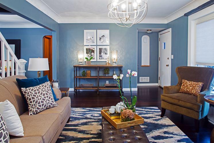 Pittura per interni verniciare tipologie di pittura for Pitture interni case moderne
