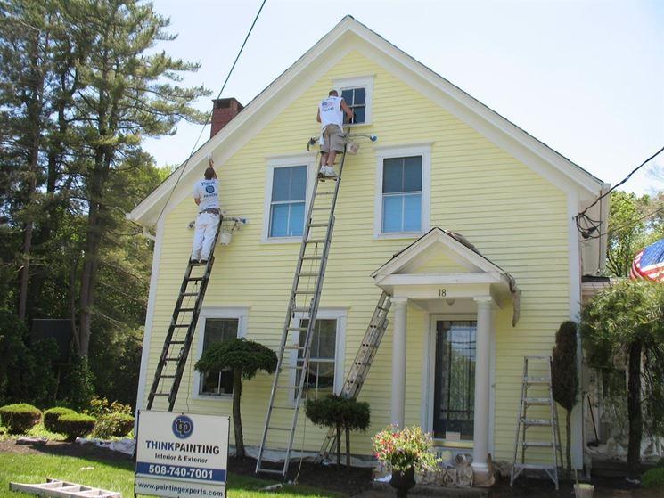 Pitturare esterno casa for Pitturare esterno casa fai da te