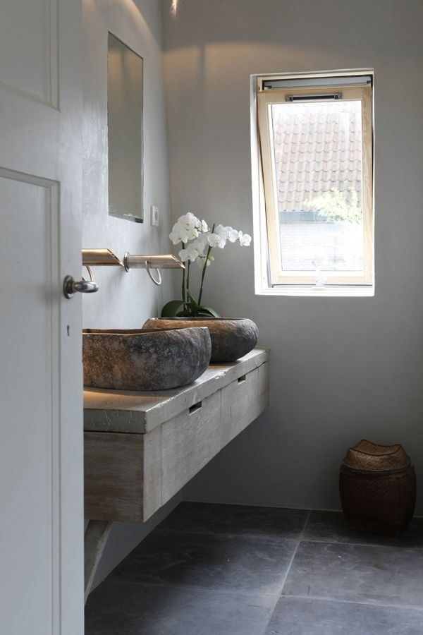 Scegliere la vernice ideale per pitturare ogni stanza - Pitturare piastrelle bagno ...