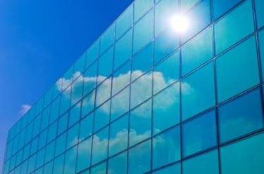 Come agisce il vetro autopulente