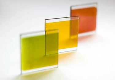 vetro colorato fotovoltaico