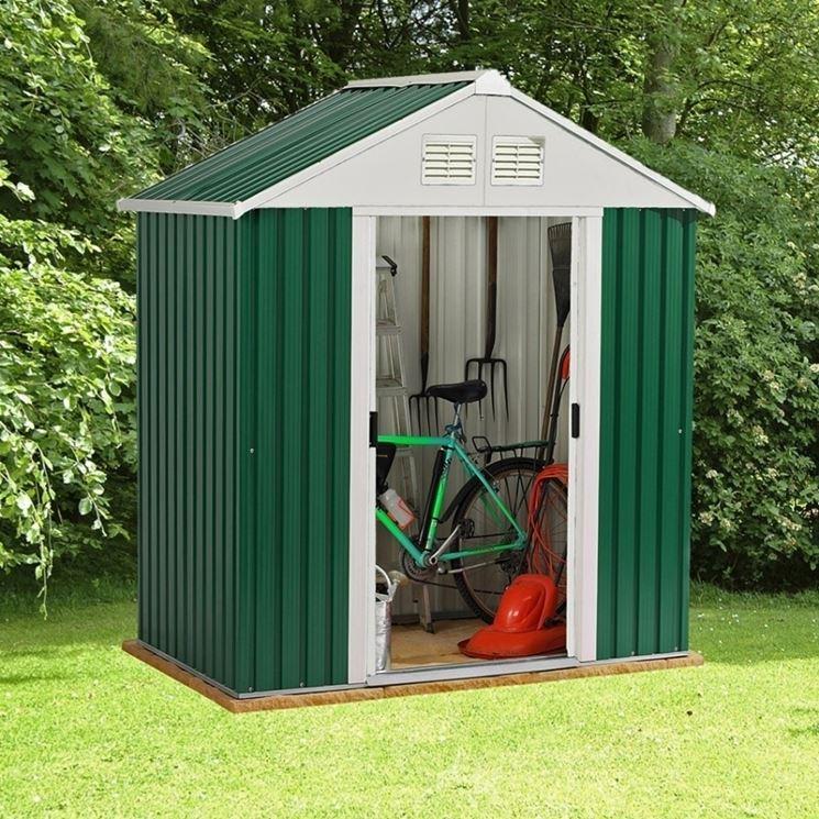 Mobiletto per esterno in resina simple kis armadio split for Mobiletto giardino
